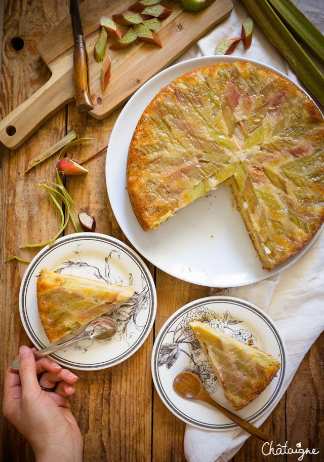 Gâteau tatin à la rhubarbe