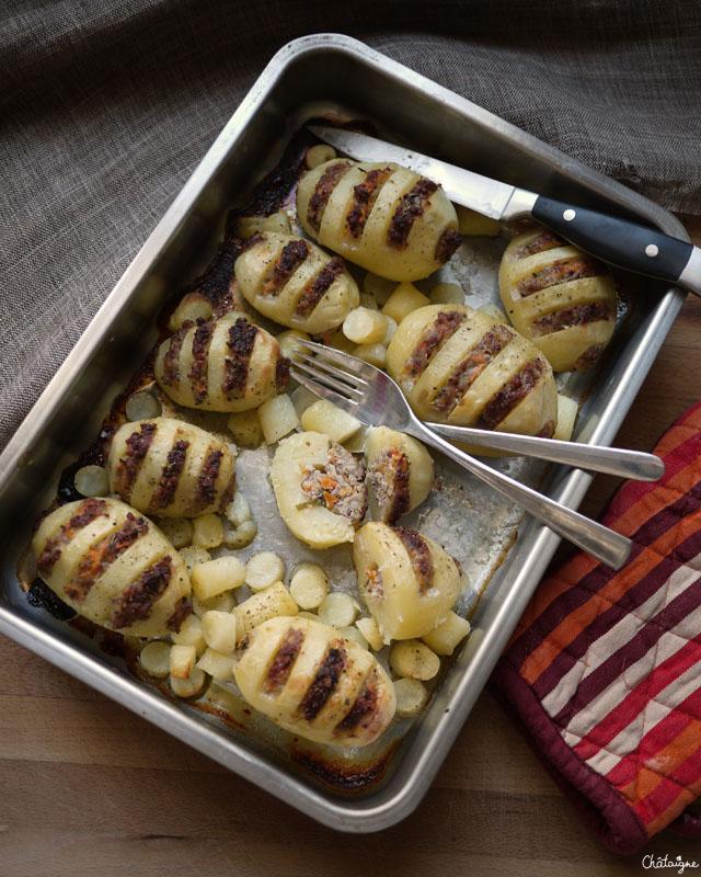 Les pommes de terre farcies