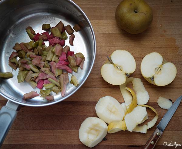 charlotte pommes-rhubarbe