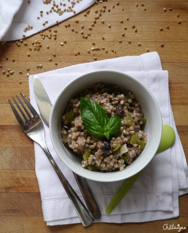 Bol sarrasin, poivrons verts et olives noires (5)