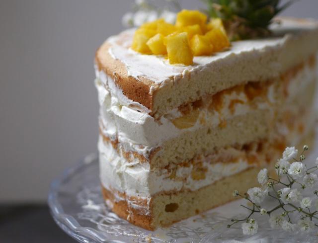 Naked cake mangue-ananas [gâteau d'anniversaire]