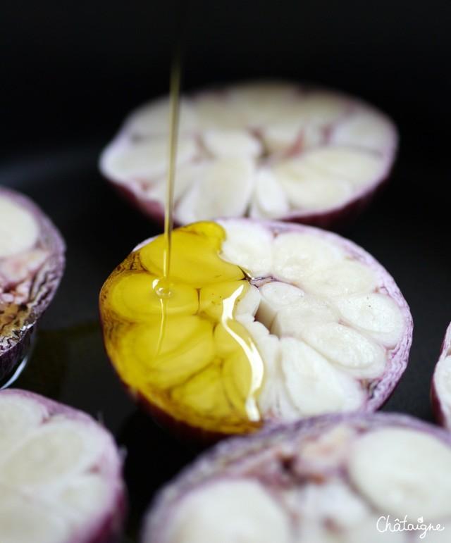 Ail nouveau confit à l'huile d'olive