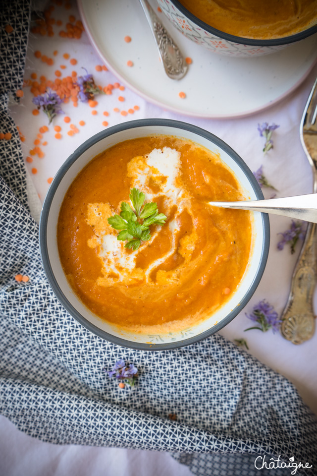 Soupe carottes-lentilles corail