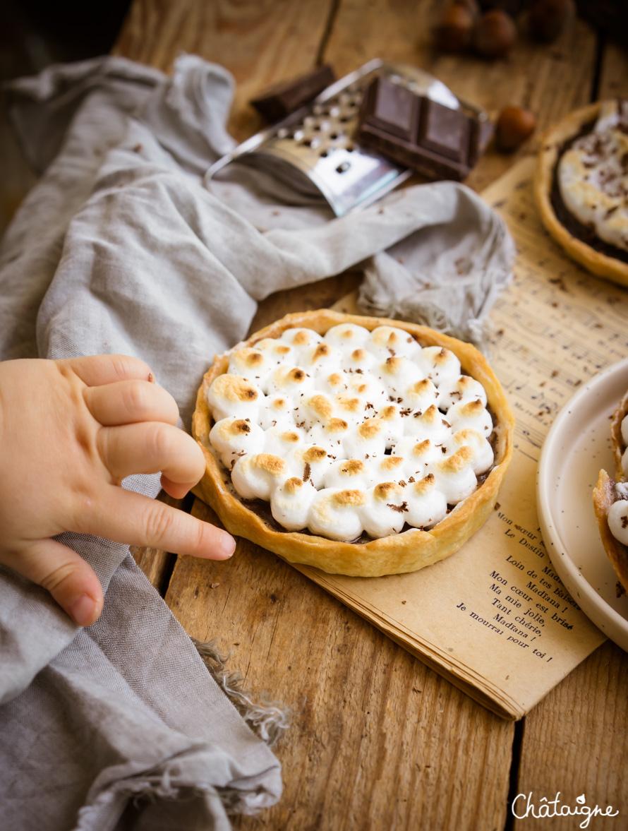 Tartelettes au chocolat meringuées
