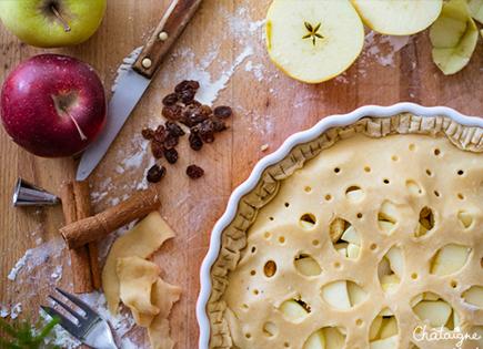 Apple pie [tourte aux pommes et raisins secs]