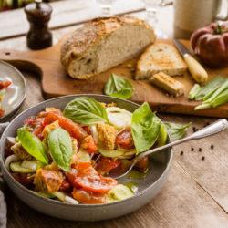 La panzanella, la salade toscane rafraichissante