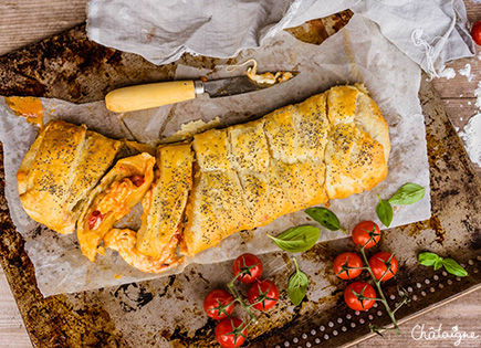 Tresse feuilletée tomates-mozzarella [irrésistible !]